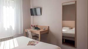 louer chambre d hotel au mois appart hotel lyon part dieu garibaldi votre appartement hôtel