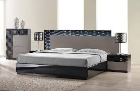 Lacquered Italian Design Wood High End Platform Bed Montgomery