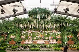 Pernikahan Dengan Tema Indoor Garden Di Hotel Dharmawangsa