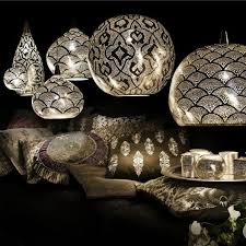 Punched Tin Lamp Shades Uk by Best 25 Moroccan Pendant Light Ideas On Pinterest Morrocan