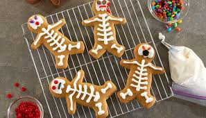 Ideas For Halloween Finger Foods by 7 Wickedly Easy Halloween Party Ideas Right Home