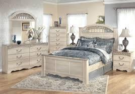 Mirror Bedroom Set Furniture Rectangle Shape Black Wooden Cabinets