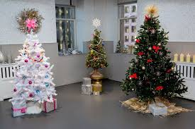 The Grinch Christmas Tree Star by Christmas Trees Inspired By Holiday Popsugar Home