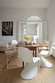 Tips To Mix And Match Dining Room Chairs Successfully ... Best Small Kitchen Ding Tables Chairs For Spaces Remarkable Plastic Covers For Room Rooms Excellent Leather Arm Chair Surprising Fniture Upholstered Elegant Luxurious Black And White Ding Room With Table Ghost Strong Swivel Contemporary Palm On Wooden Cupboard Next To The Window In Big Wicker Lampshade Haing Above Modern Leather Chairs Cultivandoayudaco Kyla Kd Pu Rose Gold Legs White Npd