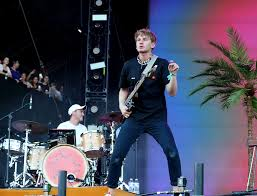 100 Truck Band Glass Animals Cancel Tour After Drummer Hit By While Cycling