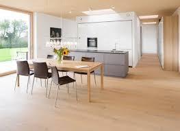 küche eiche astig gebürsteter weißer filz küche holzboden