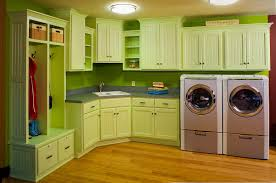 Simple And Modern Kitchen Decor Ideas With Green Walls Wooden Floor