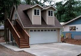 Garage With Apartments by Garage With Living Quarters Garage House Plans Garage Designs