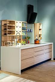 einzeilige küchen vorteile nachteile beispiele und bilder