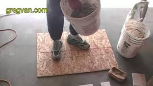 Thinset For Porcelain Tile On Concrete by How To Mix Ceramic Tile Thin Set Adhesive Youtube