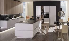 hochglanz küche einzigartig individuell anpassbar
