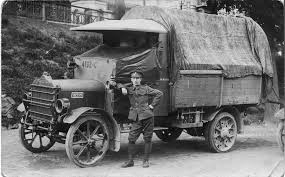 100 History Of Trucks Ww1 Trucks Google Search 1914 World War One Wwi Military History