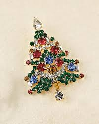 Bejeweled Christmas Tree Pin
