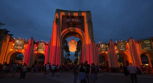 Halloween Theme Park Uk by Insider U0027s Guide To Hhn 2017 Tickets Express Passes And Rip Tours