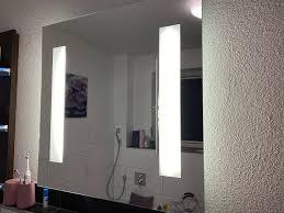 badspiegel spiegel inklusive beleuchtung fackelmann