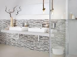 glas naturstein stäbchen beige braun grau wand küche