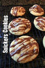 Best 25+ Snicker Cookies Ideas On Pinterest | Snickerdoodle Recipe ... Do Not Open Until December 25th Christmas Printables Pinterest We Tried The New Hersheys Gold Candy Bar Taste Of Home Healthy Chocolate Peanut Butter Bars Making Thyme For Health The Best English Ranked Taste Test Huffpost 50 Sweet Facts About Your Favorite Halloween Candies Mental Floss Amazoncom Snickers Squared Singles Size 11 Bestloved Regional Brownies Taylor House Deepfried Recipe Food Network Snickers Walmartcom Pinrestteki 25den Fazla En Iyi Dylans Candy Bars Fikri Bat