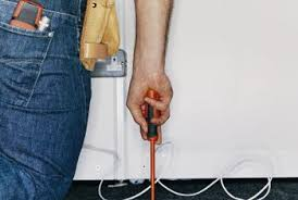 How Does A Carpet Stretcher Work by How To Install A Carpet With Carpet Tacks Home Guides Sf Gate