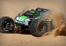 Traxxas E-Revo VXL 2.0 RTR 4WD Electric Monster Truck (Green). Hobby ... Traxxas Xmaxx 16 Rtr Electric Monster Truck Wvxl8s Tsm Red Bigfoot 124 Rc 24ghz Dominator Shredder Scale 4wd Brushless Amazing Hsp 94186 Pro 116 Power Off Road 110 Car Lipo Battery Wltoys A979 24g 118 For High Speed Mtruck 70kmh Car Kits Electric Monster Trucks Remote Control Redcat Trmt10e S Racing Landslide Xte 18 W Dual 4000 Earthquake 8e Reely Core Brushed Xs Model Car Truck
