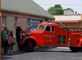 100 Antique Fire Truck Fire Engine Crashes Into Toledo Business