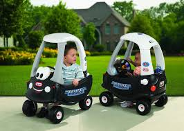 Amazon.com: Little Tikes 615795M Cozy Coupe Ride-On Patrol Police ... Little Tikes Cozy Truck Walmartcom Princess Toysrus Coupe Toy Car Walmart Canada Rideon New Pink Cosy Free P Replacement Grill Decal Pickup Fix Repair Find More Red Rare For Sale At Up To 90 Gigelid 30th Anniversary Edition Little Tikes Cozy Truck Rental Mainan Fire Zulily Foot Floor Parts Big W