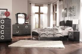 Silver Mirror Bedroom Set The Best Choice of Gray Bedroom