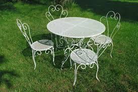table fer forgé caractéristiques forme prix ooreka