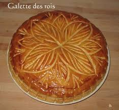 decoration galette des rois decor galette des rois 25 suosittua ideaa pinterestissä crown royal