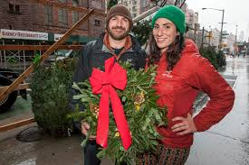 Christmas Tree Disposal Nyc 2016 by Meet The Wacky Characters Who Sell Christmas Trees In Nyc New
