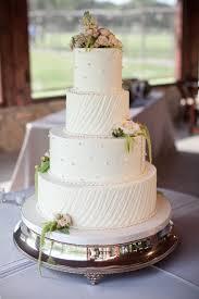 Vintage Elegant Wedding Cake
