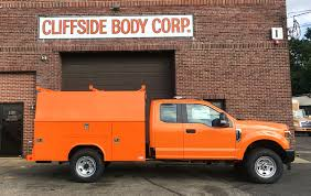 Tapered Side Panel Body - Cliffside Body Truck Bodies & Equipment ...