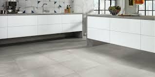 küchenboden diese bodenbeläge eignen sich das haus
