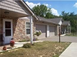 falls manor apartments rentals zanesville oh apartments com