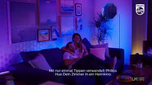 philips hue verwandle dein wohnzimmer in ein kino