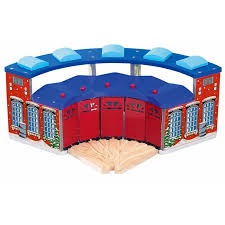 Tidmouth Sheds Deluxe Set by Free Tidmouth Sheds Deluxe Set Thomas Wooden Railway Shed Build
