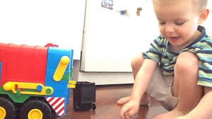 Ábel és A Wader Kukásautó - Wader Toy Garbage Truck - YouTube Green Garbage Truck Youtube The Best Garbage Trucks Everyday Filmed3 Lego Garbage Truck 4432 Youtube Minecraft Vehicle Tutorial Monster Trucks For Children June 8 2016 Waste Industries Mini Management Condor Autoreach Mcneilus Trash Truck Videos L Bruder Mack Granite Unboxing And Worlds Sounding Looking Scania Solo Delivering Trash With Two Trucks 93 Gta V Online