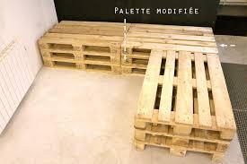 canapé en palette de bois en palette en bois