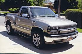 2000 Chevrolet Silverado Reviews And Rating | Motor Trend 2000 Chevrolet Silverado 2500 74l 4x4 2001 Z71 Personal 6 Rcx Lift Ntd 20 Ls Pickup Truck Item I9386 Hd Video Chevrolet Silverado Sportside Regular Cab Red For Used Chevy S10 Trucks Truck Pictures 1990 Classics For Sale On Autotrader 1500 Extended Cab 4x4 In Indigo Blue Malechas Auto Body Regular Metallic 2015 Double Pricing For Rear Dually Fenders Lowest Prices Biscayne Sales Preowned