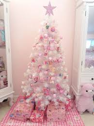 Top 40 Pink Christmas Trees