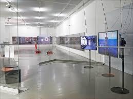 expo musee moderne l exposition co workers le réseau comme artiste musée d flickr