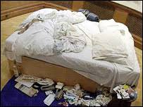 Tracey Emin My Bed by Bbc News Entertainment Saatchi Gallery Row At High Court