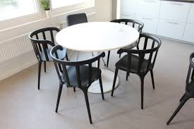 Round Table With 6 Chairs - PS Auction - We Value The Future ... Liam Ding Set 1 Table 6 Chairs Extendable Teak By Hans Olsen For Price And Buy Seater Round Beige Marble With Wooden Cushioned Chairs With Six Round Table With Chairs Earl Kitchen For Aripeka Solid Mahogany Wood Ding Table Amazoncom Cover Cloth Home Modern Golden Top Luxury My Rectangle Birch White Mdf Nordic Design Setslate Tablehideaway