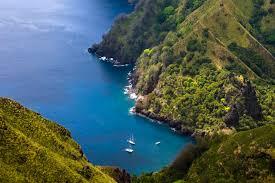 temps de vol iles marquises croisière aux îles marquise en polynésie à bord du cargo l aranui