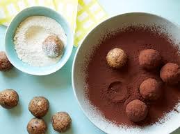 Kids Can Make Healthy Peanut Butter Balls