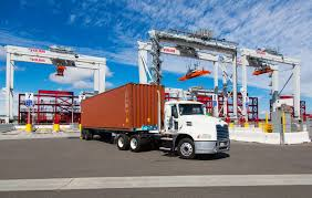 100 Trucking Strike Port Workers Plan LA To Challenge Logistics Firms Bloomberg