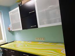 küchenschränke ikea holz lackiert matt schwarz weiß faktum