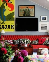 Red Sofa Living Room Ideas by White Walls Red Couch Black And White Coffee Table Not Sooo Big