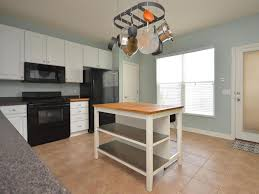 25 Portable Kitchen Islands Rolling & Movable Designs