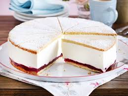 käse sahne torte mit preiselbeeren