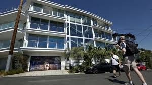 100 Hollywood Hills Houses LA City Council To Impose New Fines In Crackdown On Party